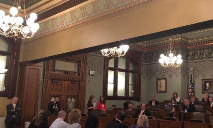 Nurse staffing ratio bill passes through House committee