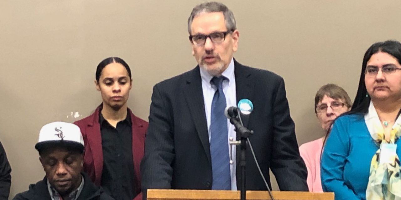 Socials workers push for increased mental health services in Illinois schools
