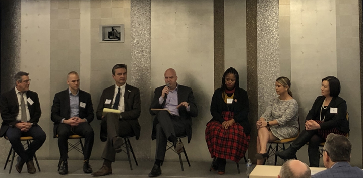 Panel discusses fixes for Chicago's safety nets