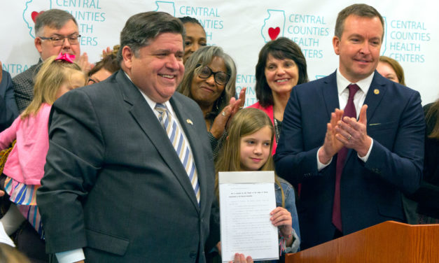 Pritzker signs plan capping insulin prices