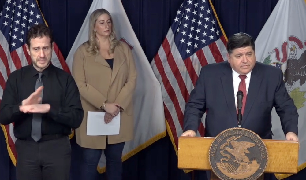 Pritzker calls on retired healthcare workers to re-enter field amid pandemic