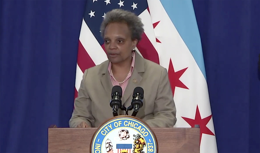 Lightfoot says Chicago bars, restaurants unlikely to reopen next week
