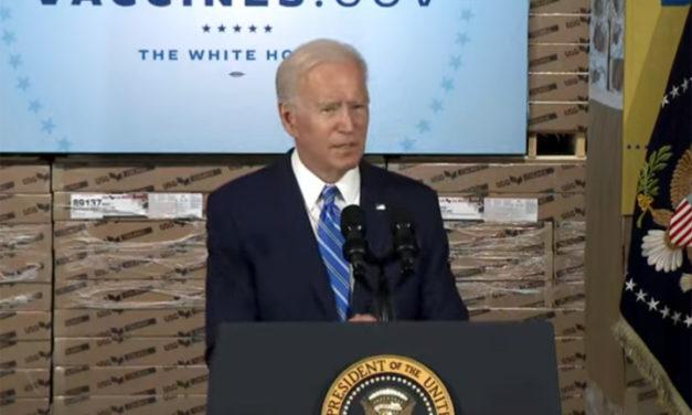 Biden urges businesses to take up vaccine mandates during Chicago area visit